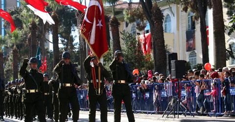 denizli-cumhuriyet-bayrami-92-yili-kutlaniyor-ic-2