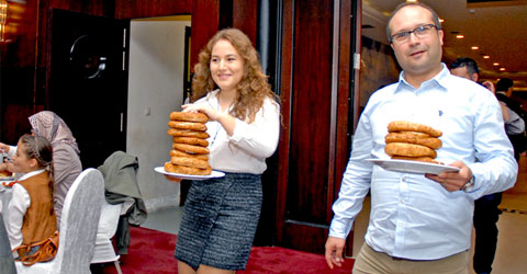 denizli-istanbul-genc-buldan-kahvalti-ic