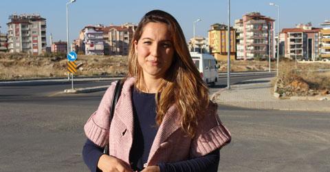 denizli-vatan-caddesi-orhangazi-caddesi-kavsak-vatandaslari-korkutuyor-sevilay-kanat