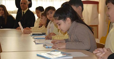 denizli-final-okullari-yazar-nar-alfabesi-ic