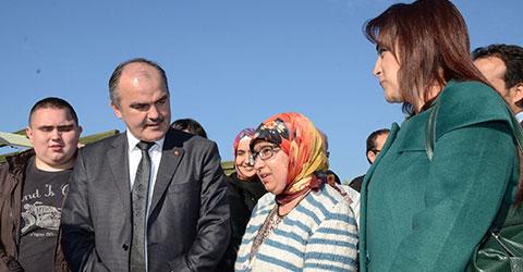 denizli-pamukkale-belediyesi-trsm-hastalarini-pamukkaleye-goturdu-ic