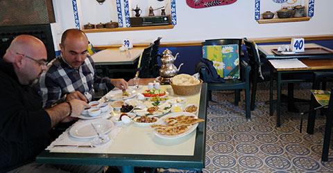 denizli-marmaris-gezilecek-mekan-restaurant-mavi-pide-1
