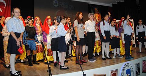 denizli-29-ekim-ozel-okullar-kutlama-pev-1